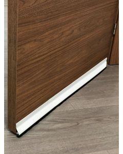 Burlete bajo puerta adhesivo cepillo 094cm pvc blanco burcasa 127310